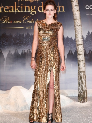 Kristen at Berlin 'Breaking Dawn Part 2' Premiere