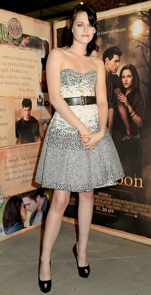 fash-icon-kirsten-stewart-new-moon-premiere-jasonwu