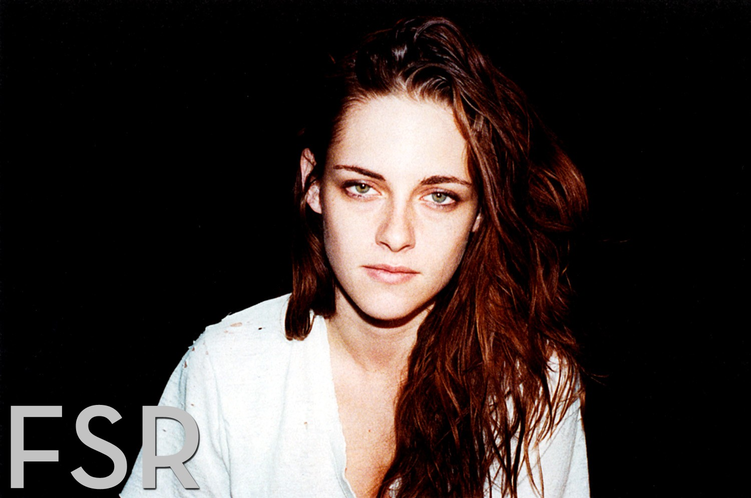 ksf_fashion_scans_remastered-kristen_stewart-w_usa-february_2013-scanned_by_vampirehorde-hq-2
