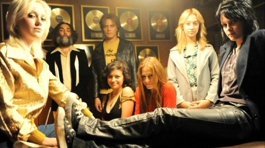 The-Runaways-Plugged-In-The-Making-Of-the-runaways-movie-14877652-904-504